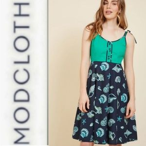 Modcloth Waving from the Waterfront